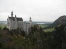 1438 le chateau de Neuschwanstein depuis Marienbrücke